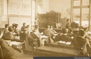 Historia de la enseñanza en Chile A. LABARCA dans Historia de la educación chilena historia-ense%C3%B1anza-300x197